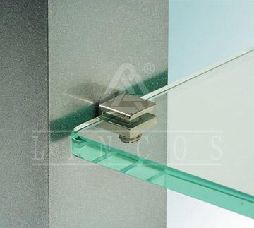 Стекло в интерьере используется для того, чтобы придать помещению.