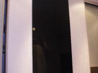 Черная дверка из стекла 2