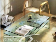 Стол из стекла на УФ склейке